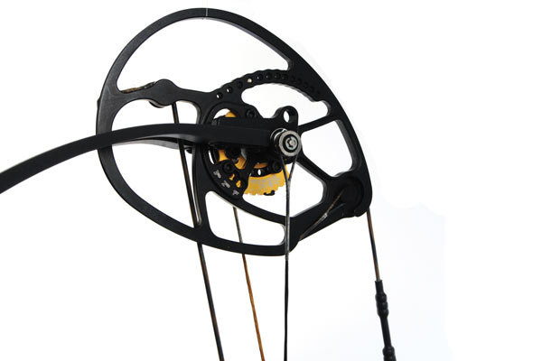 The gold PowerDiscs on the Prodigy's cams allow shooters to easily switch among Performance, Classic and Comfort settings without a bow press.