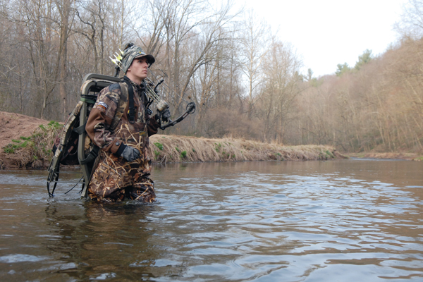 3 Secrets for Bowhunting Pressured Ground