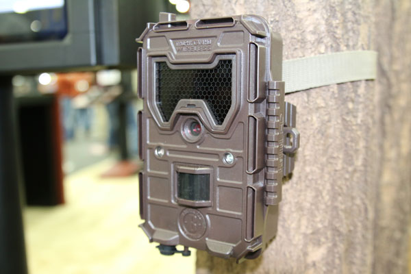 Introducing the 2016 Bushnell Trophy Cam Aggressor Wireless