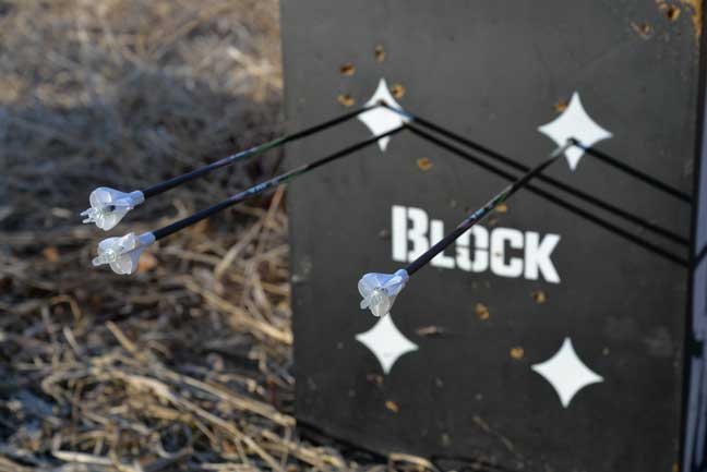 Precision-peep sights best for bowhunting