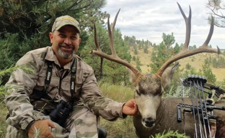 bowhunting-mule-deer-west