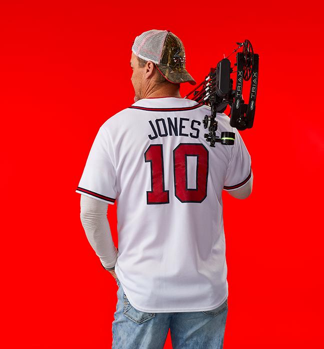 Chipper Jones holding bow