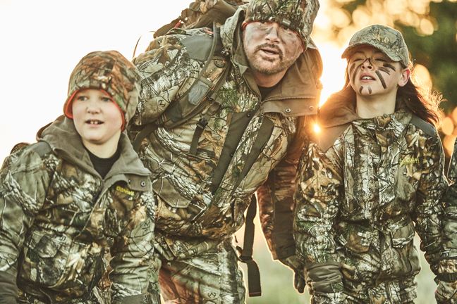To Fool a Big Buck's Wary Nose, Scent Control Clothing Is a Must