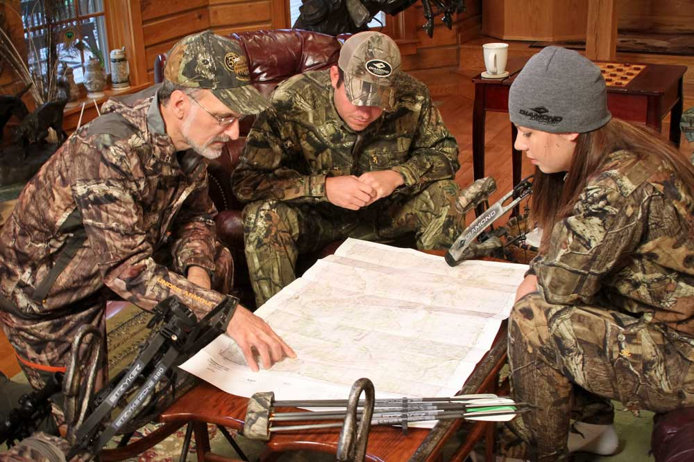 //www.bowhuntingmag.com/files/tips-for-planning-your-diy-hunt/5-mapout_1.jpg