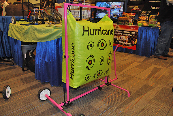 //www.bowhuntingmag.com/files/top-eight-products-from-the-innovation-zone/02_ata_011212a.jpg