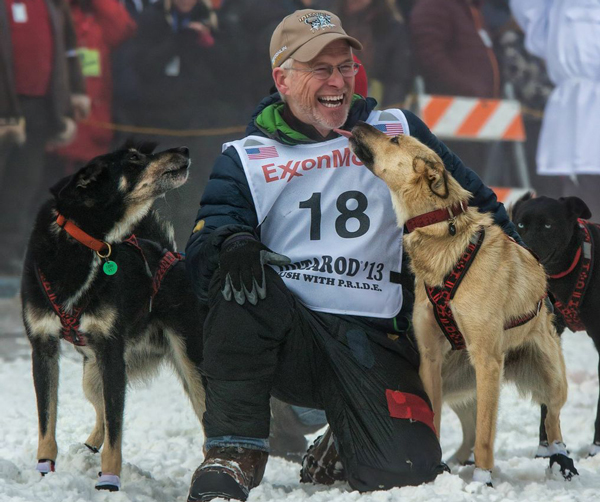 //www.gundogmag.com/files/dogs-of-iditarod/13_iditarod.jpg