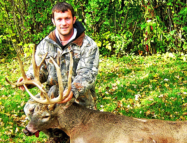 This buck's tines match the shooter's last name! Here's the story of Mark Long's long-tined Iowa