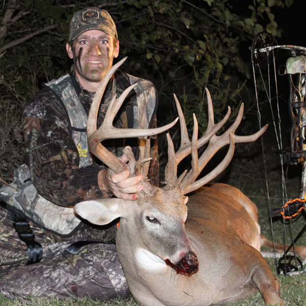 Hunter: Bo Cocannouer State/County: Oklahoma/Grady County Score: 194 Gross Non-Typical Gear Used: