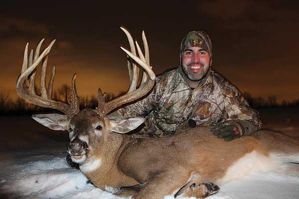 Jim Cogar Buck: 213-Inch Buckeye Beast