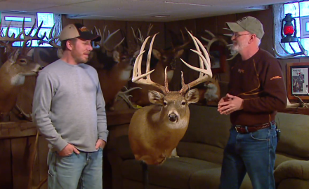Gordon Whittington talks with Bob Wood, an Ohio hunter, who shot a big 5x5 with his muzzleloader.