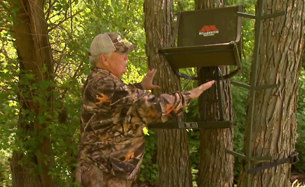 Stan Potts discusses how he likes to set up his portable stand in the trees.
