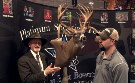 Gordon Whittington talks with Ohio bowhunter Mark Owen about the trophy buck he took in 2013.