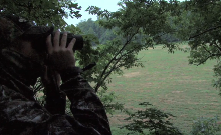 Pat Hogan heads to his home state of Kentucky where he brings along his bow and his muzzleloader.