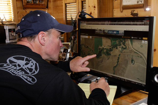 Whitetail Scouting 101: Locating Funnels and Pinch Points