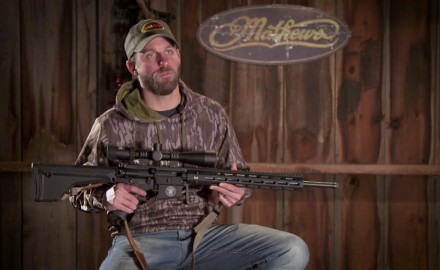 Pat Hogan discusses the use of Smith & Wesson's new M&P 10 as a whitetail hunting option.