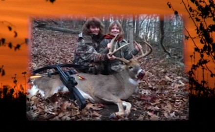 Alli Amrstrong talks with Hannah Ridenour, a young hunter from Ohio, about the buck she took in