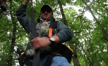 Haynes Shelton shows you how to be safe while hanging your treestand.