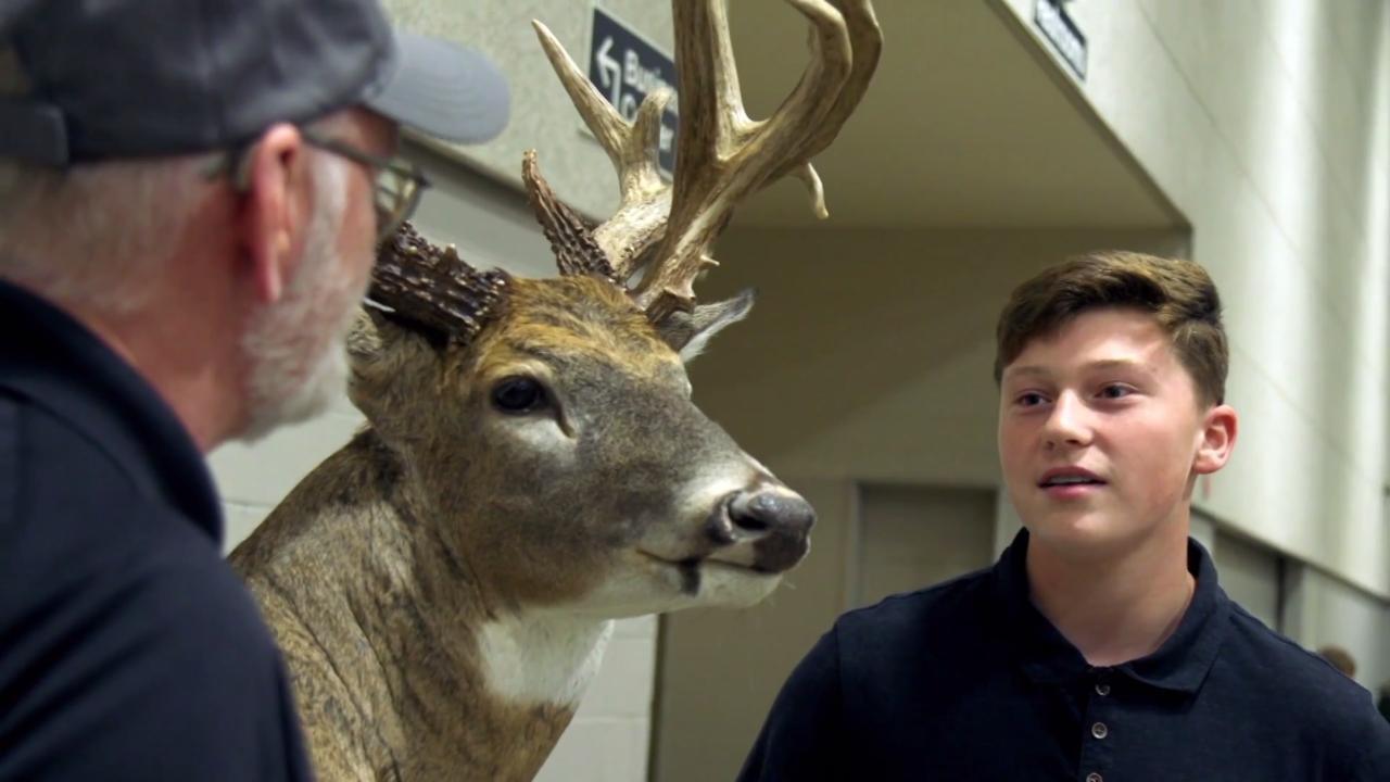 Big Buck Profile: Troy Metzger Illinois Buck
