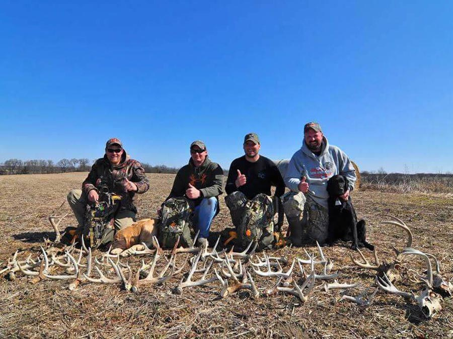 //www.northamericanwhitetail.com/files/best-whitetail-shed-finds-of-2015/group_1_lg.jpg