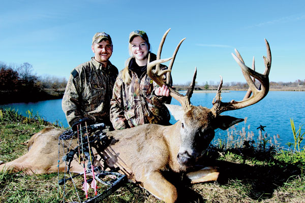 //www.northamericanwhitetail.com/files/biggest-bucks-of-2012/heuerman.jpg