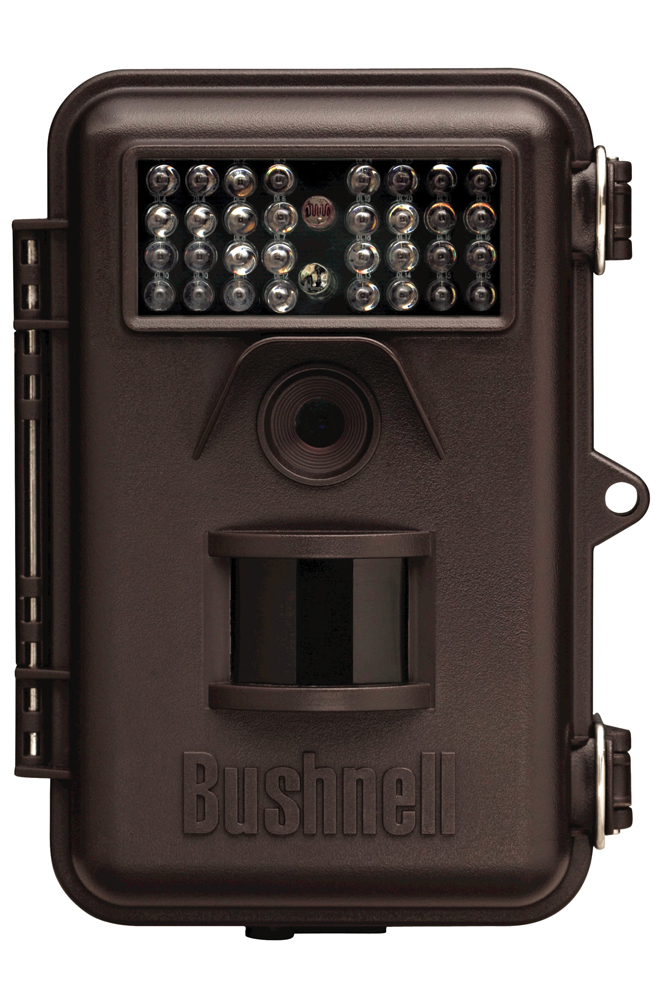 //www.northamericanwhitetail.com/files/naw-2014-holiday-gift-guide/bushnelltrophycamessential.jpg