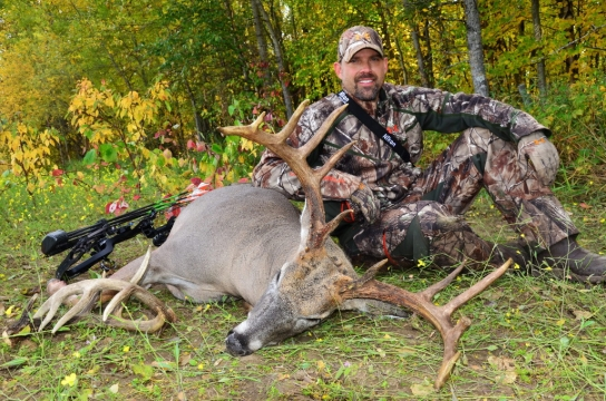 //www.northamericanwhitetail.com/files/who-was-the-greatest-deer-hunter-ever/lee-lakosky.jpg