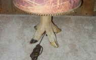 Deer foot lamp_crop