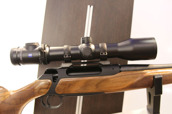 Introducing the 2016 Zeiss Victory V8 Riflescope