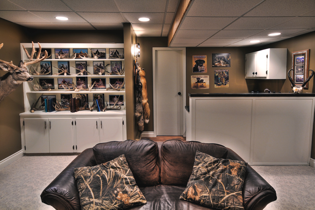 How To Decorate A Trophy Room
