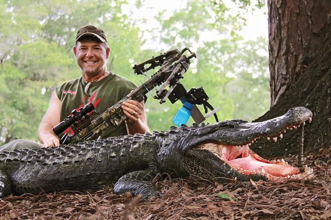 fred-eichler-hunting-alligator