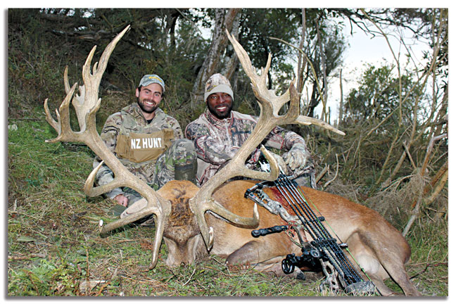 Bowhunting-with-Justin-Tuck-NFL