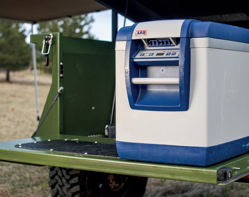 To-Extreme-trailer-for-outdoor-adventure