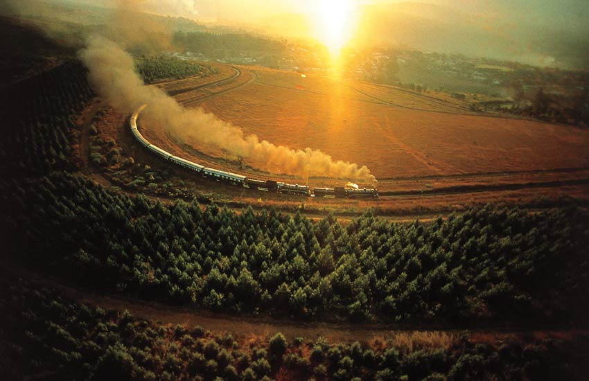 africa-overland-safari-train