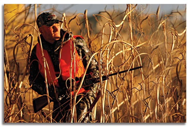 how-to-still-hunt-whitetail-bucks-this-fall