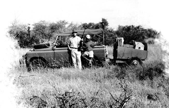 land-rover-african-safari