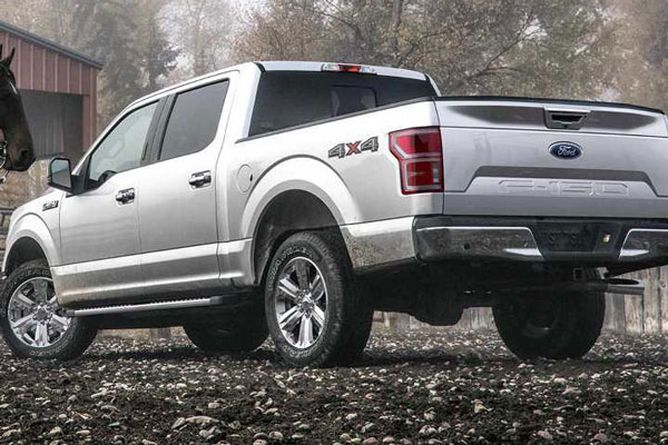 10 Must-Have Upgrades to Order With Your New F-150