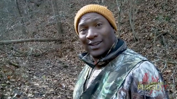 //www.petersenshunting.com/files/8-surprising-pro-hunting-celebrities/bo-jackson.jpg