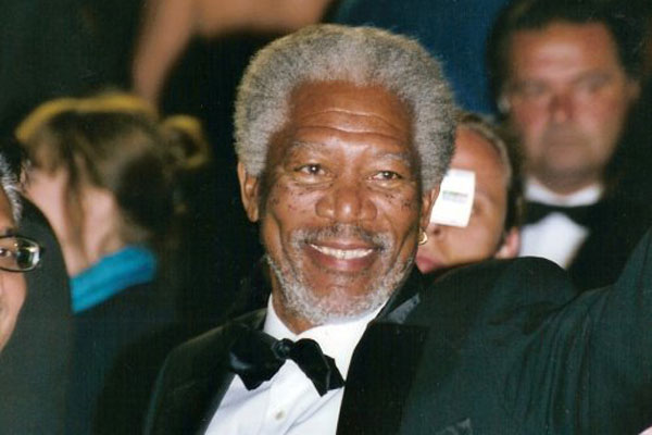 //www.petersenshunting.com/files/8-surprising-pro-hunting-celebrities/morgan-freeman.jpg