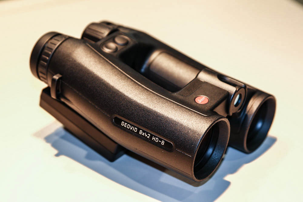 //www.petersenshunting.com/files/best-new-hunting-optics-for-2015/leica-geovid.jpg