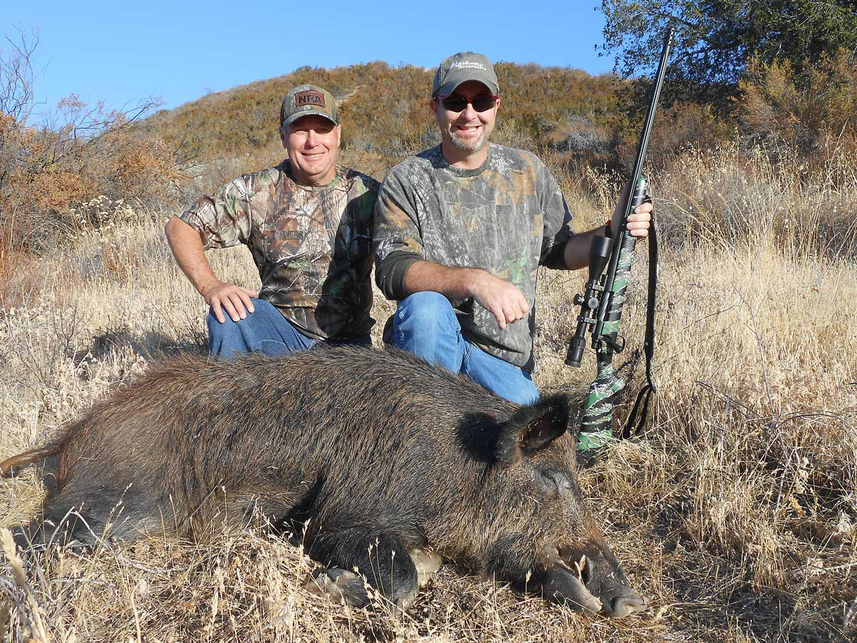 //www.petersenshunting.com/files/ford-outfitters-california-hog-hunt/11_ford_outfitters.jpg