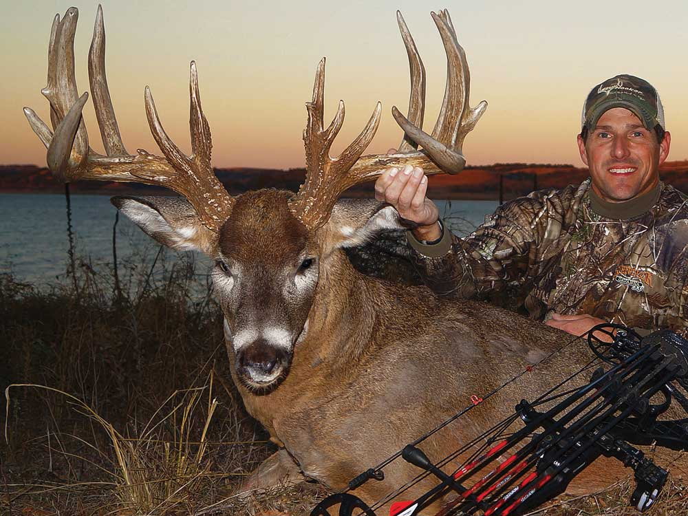 //www.petersenshunting.com/files/huntings-top-whitetail-states-for-2014/whitetail_ks.jpg
