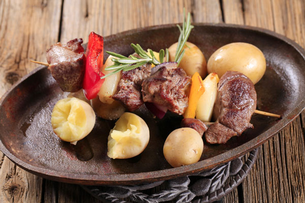 //www.petersenshunting.com/files/related-6-great-venison-recipes-for-date-night/5kabob.jpg