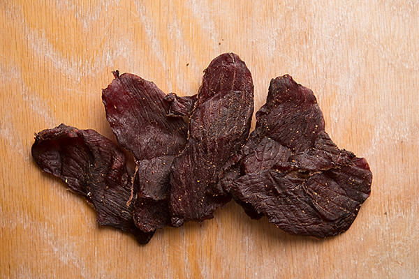 //www.petersenshunting.com/files/related-how-to-make-venison-jerky/9jerky.jpg