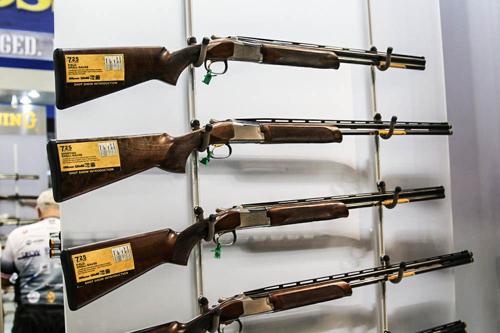 //www.petersenshunting.com/files/the-best-new-shotguns-for-2015/browning-citori-725-410_28.jpg