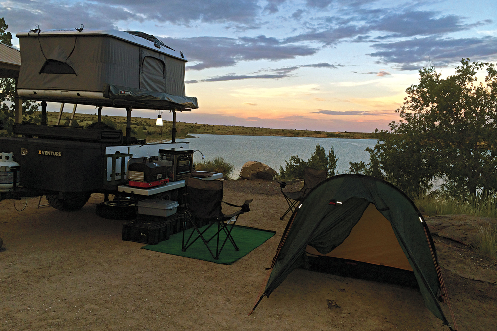//www.petersenshunting.com/files/wheels-afield-the-ultimate-off-road-camp-setup/wa_awning_1.jpg