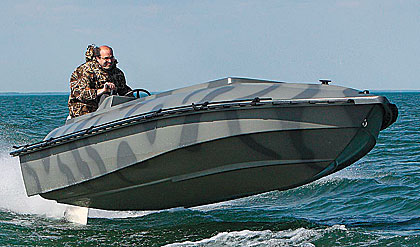Bankes Boats put 40 years of experience and expertise into the development of the 25-foot Titan.
