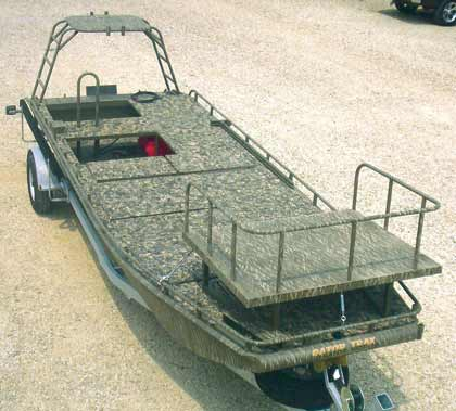 By Vince Meyer    Gator Trax Gator Hide with optional bow fishing platform.Gator Trax