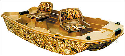 By Guillermo Gastelo    The WaterQuest Hunting/Fishing Boat 10.2C is a versatile,