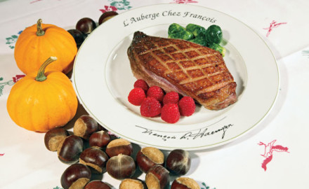 Chef Jacques Haeringer shows you how to prepare his mouthwatering grilled goose breasts with chestnut stuffing.