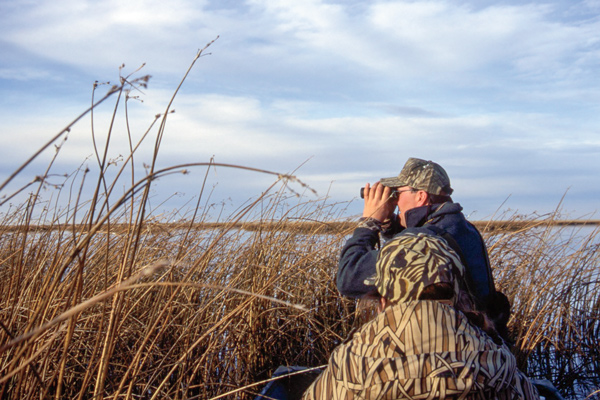 Concealment tips when duck hunting big water